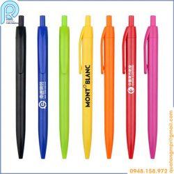 Bút bi nhựa giá rẻ